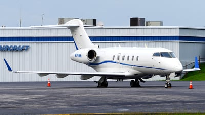 N746E - Bombardier BD-100-1A10 Challenger 300 - Private