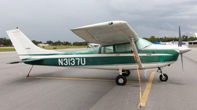 N3137U - Cessna 182F Skylane - Private