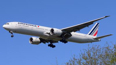 F-GZNC - Boeing 777-328ER - Air France
