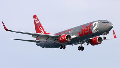A picture of GJZHW - Boeing 7378MG - Jet2 - © Peter Kesternich