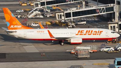 HL8303 - Boeing 737-8FH - Jeju Air