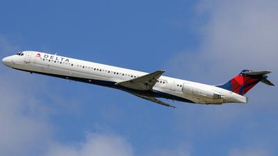 N974DL - McDonnell Douglas MD-88 - Delta Air Lines