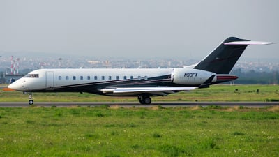 N90FX - Bombardier BD-700-1A10 Global Express - FlexJet