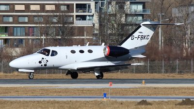 G-FBKC - Cessna 510 Citation Mustang - Blink