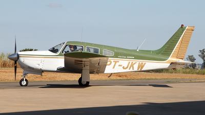 PT-JKW - Piper PA-28R-200 Cherokee Arrow II - Private