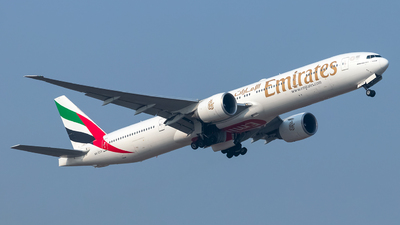 A picture of A6ECS - Boeing 77731H(ER) - Emirates - © omkgdz