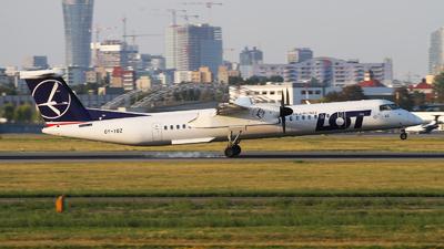 OY-YBZ - Bombardier Dash 8-Q402 - LOT Polish Airlines (Nordic Aviation Capital (NAC))
