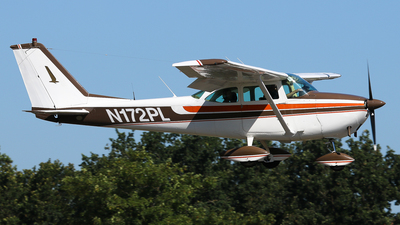 N172PL - Reims-Cessna F172E Skyhawk - Private