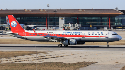 B-8328 - Airbus A321-231 - Sichuan Airlines