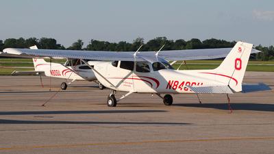 A picture of N840SU - Cessna 172S Skyhawk SP - [172S12433] - © Luke Wittig