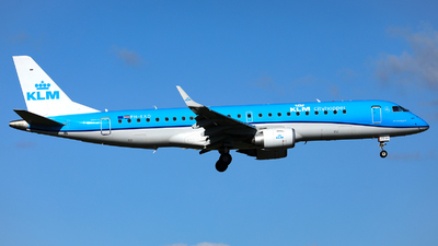 A picture of PHEXD - Embraer E190STD - KLM - © R. Eikelenboom