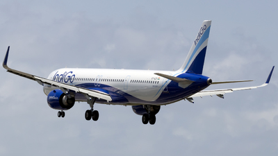 A picture of VTILD - Airbus A321251NX - IndiGo - © Salman Tareen.
