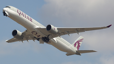 F-WZGK - Airbus A350-1041 - Qatar Airways