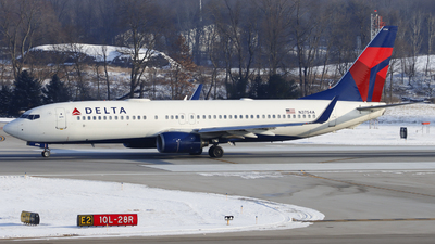 A picture of N3754A - Boeing 737832 - Delta Air Lines - © Nick Neiger