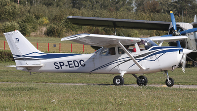 SP-EDC - Cessna 172M Skyhawk - Private