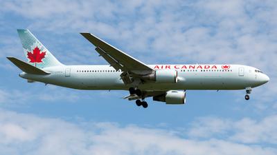 C-FPCA - Boeing 767-375(ER) - Air Canada