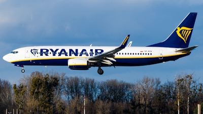SP-RSV - Boeing 737-8AS - Ryanair Sun