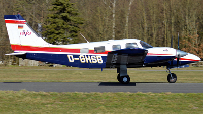 D-GHSB - Piper PA-34-220T Seneca V - Private