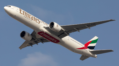 A6-EGE - Boeing 777-31HER - Emirates