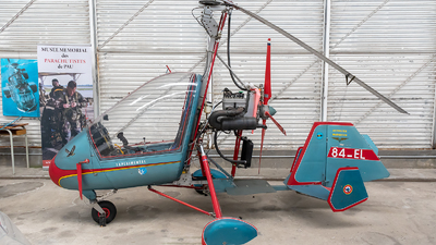 84-EL - Marquiond RM-02 Gyrocopter - Private