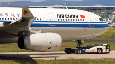 B-5927 - Airbus A330-243 - Air China