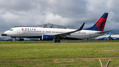 A picture of N3739P - Boeing 737832 - Delta Air Lines - © Cristian Quijano