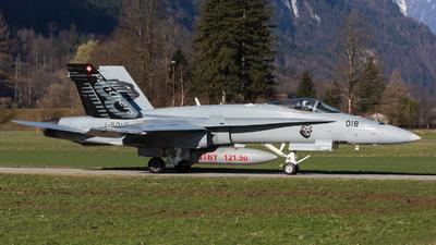 J-5018 - McDonnell Douglas F/A-18C Hornet - Switzerland - Air Force