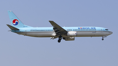 HL7716 - Boeing 737-9B5 - Korean Air