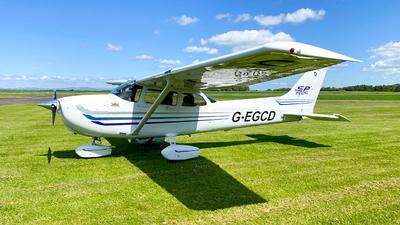G-EGCD - Cessna 172S Skyhawk SP - Private
