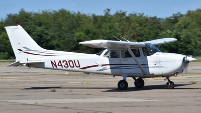 N430U - Cessna 172R Skyhawk II - Pittsburgh Flight Training Center