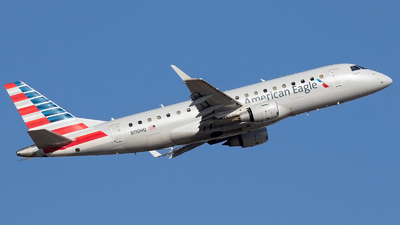 A picture of N110HQ - Embraer E175LR - American Airlines - © Roger M