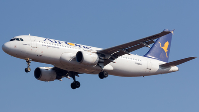 I-WEBA - Airbus A320-214 - Air One