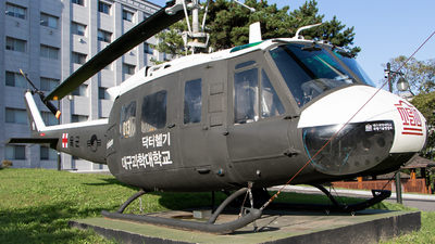16013 - Bell UH-1H Iroquois - South Korea - Army