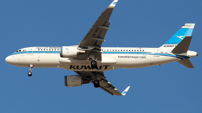 9K-AKJ - Airbus A320-214 - Kuwait Airways