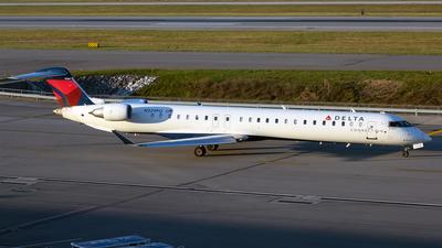 A picture of N329PQ - Mitsubishi CRJ900LR - Delta Air Lines - © mariaLXY