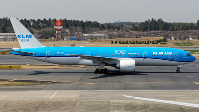 A picture of PHBQI - Boeing 777206(ER) - KLM - © Cozy Goto