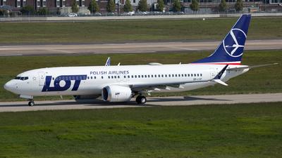 A picture of SPLVC - Boeing 737 MAX 8 - LOT - © Piotr Persona