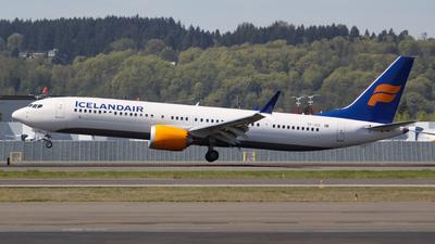 TF-ICC - Boeing 737-9 MAX - Icelandair