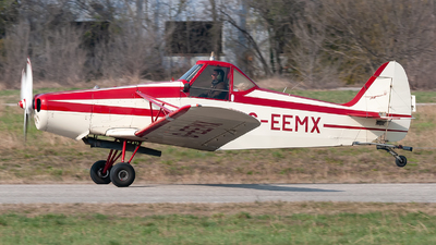 G-EEMX - Piper PA-25-235 Pawnee B - Private