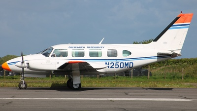 A picture of N250MD - Piper PA31 - [31742] - © ian simpson