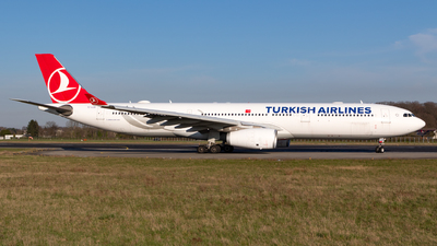 A picture of TCLOA - Airbus A330343 - Turkish Airlines - © Jesse Vervoort