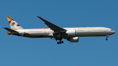 A6-ETB - Boeing 777-3FXER - Etihad Airways