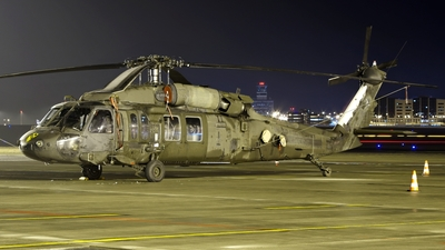 98-26817 - Sikorsky UH-60L Blackhawk - United States - US Army