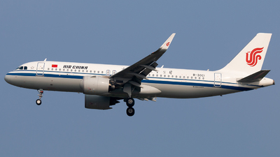 A picture of B30C1 - Airbus A320271N - Air China - © william8252