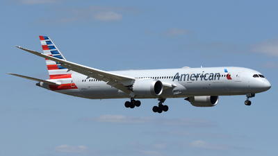 A picture of N834AA - Boeing 7879 Dreamliner - American Airlines - © DJ Reed - OPShots Photo Team