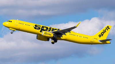 A picture of N683NK - Airbus A321231 - Spirit Airlines - © Evan Dougherty
