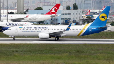 UR-PSX - Boeing 737-8EH - Ukraine International Airlines