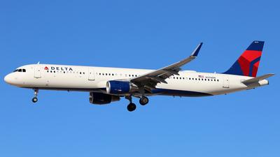 N376DN - Airbus A321-211 - Delta Air Lines