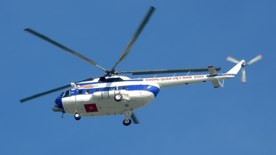 8404 - Mil Mi-8 Hip - Vietnam - Air Force
