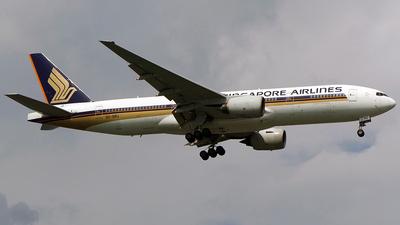9V-SRJ - Boeing 777-212(ER) - Singapore Airlines
